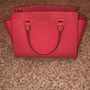 Michael Kors pink purse